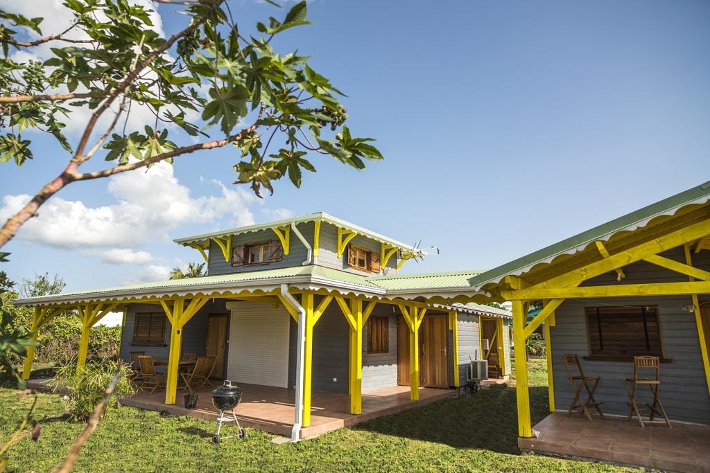 Villa et bungalow jaune